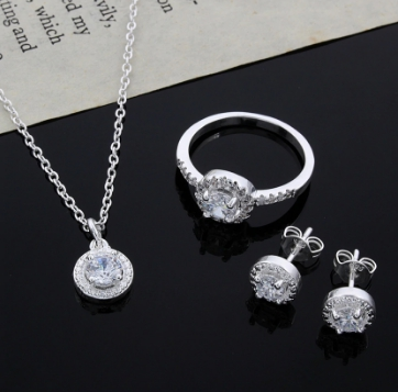 Stylish Way To Include Silver Rings In Your Everyday Outfit01